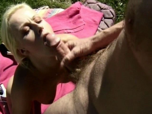 Ultra-kinky Light-haired Inexperienced Nymphet Sharon Ultra-kinky Will Get Facehole Plumbed Through A Hefty Salami Outside